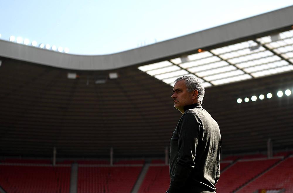 Mourinho em estádio vazio