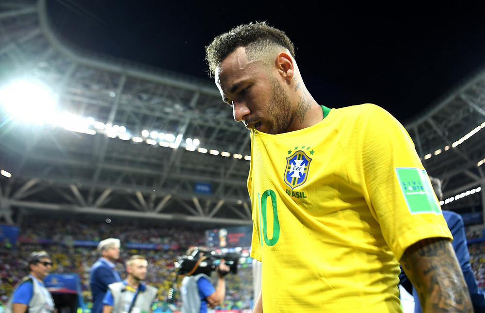 Neymar ficou marcado pelas roladas no chão, e não pelos gols