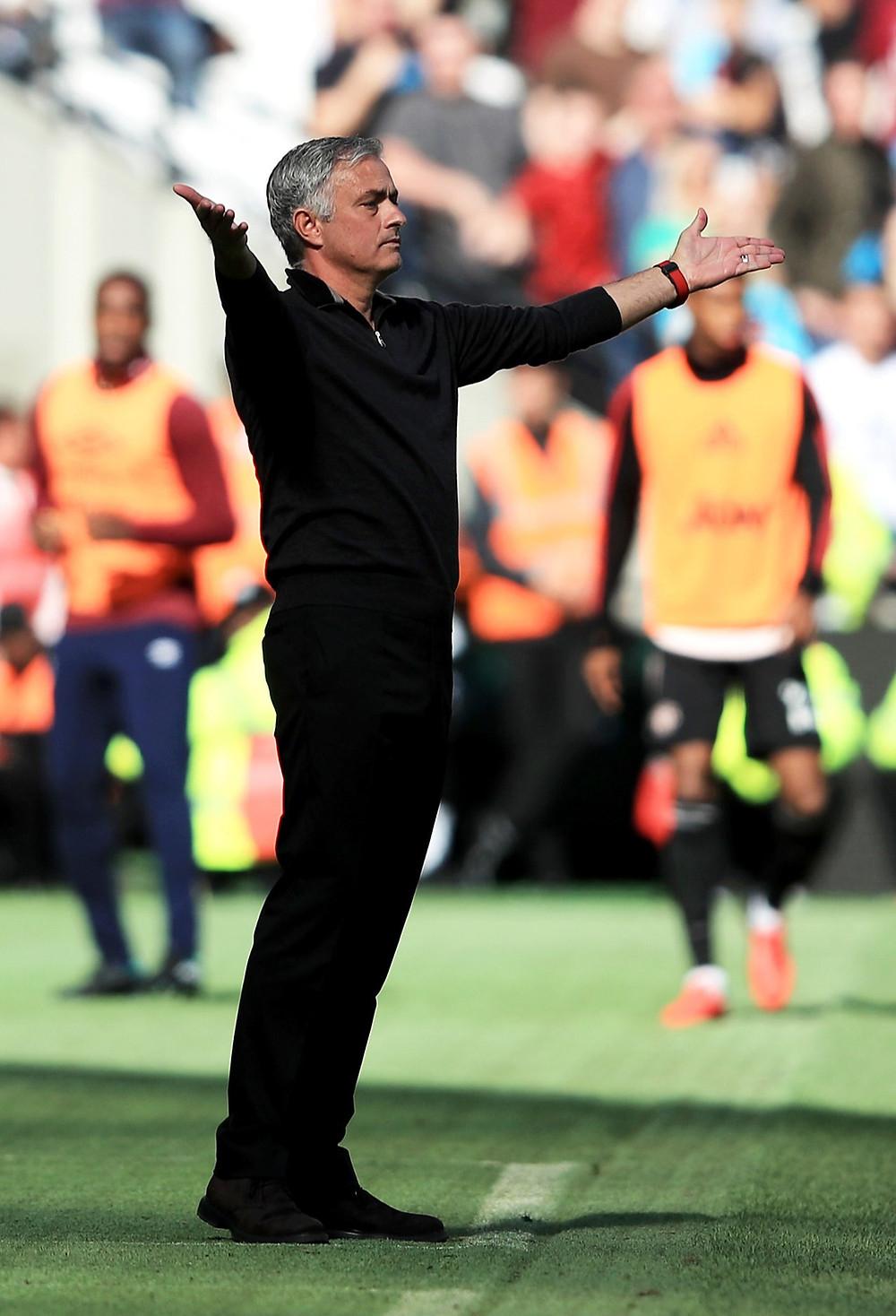 Com Mou, United teve o pior início de temporada em quase 30 anos