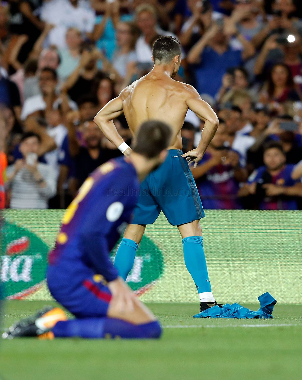 Cristiano Ronaldo comemora o gol contra o Barcelona
