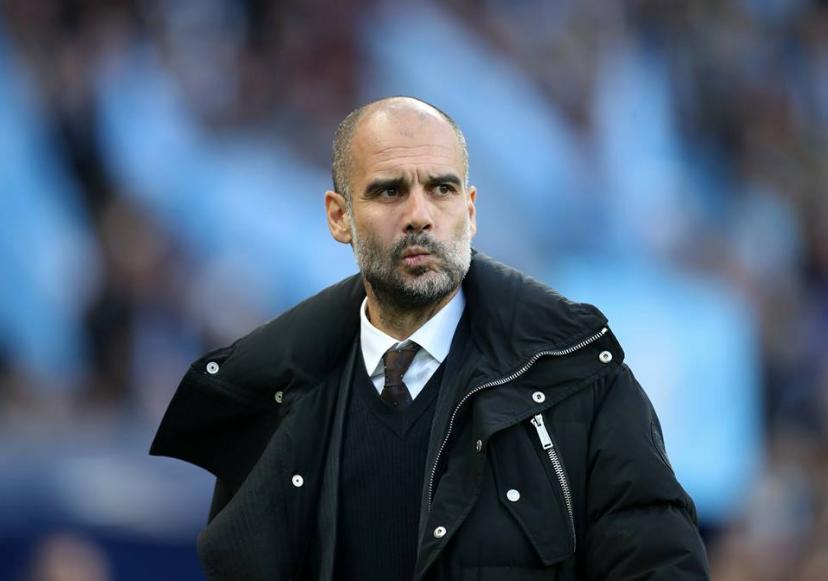 Pep Guardiola em jogo do Manchester City
