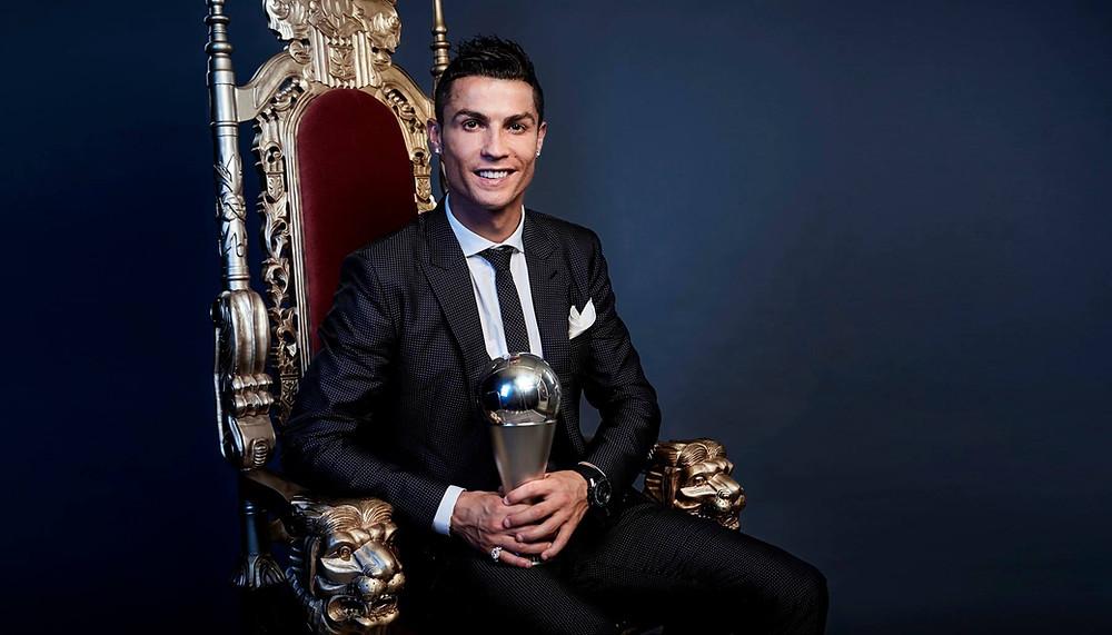 Cristiano Ronaldo foi eleito pela Fifa o melhor jogador do mundo em 2017