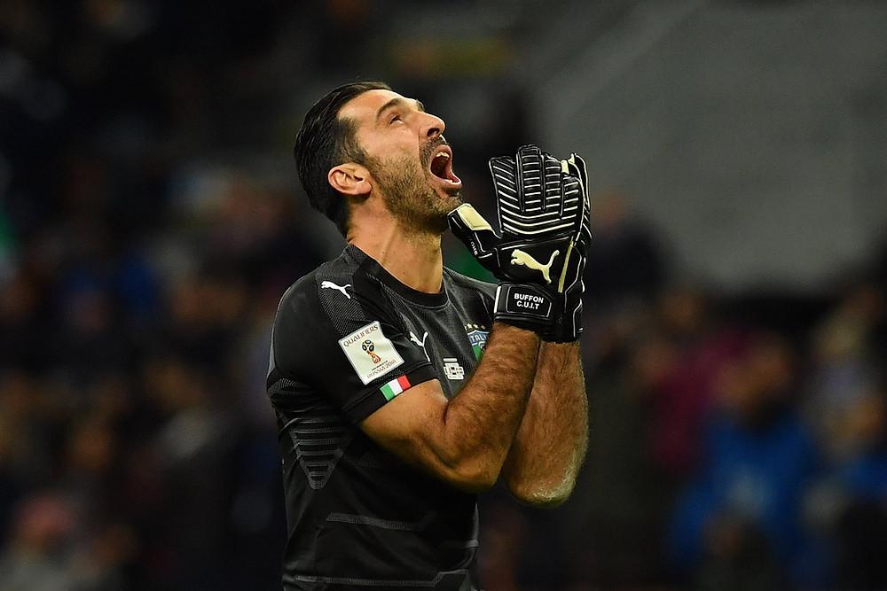 Buffon em seu último jogo pela seleção italiana