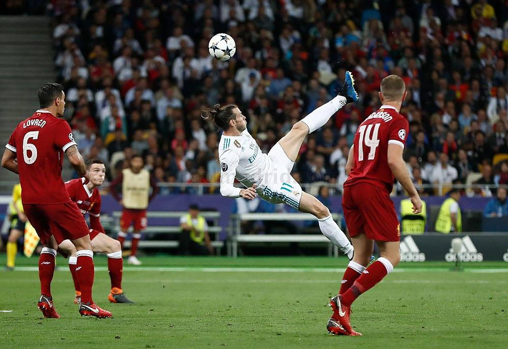 Pintura de Bale após cruzamento de Marcelo