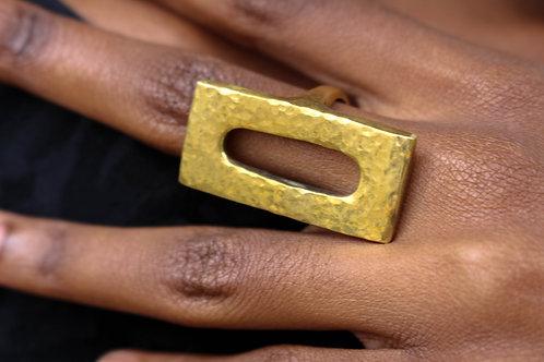 Rectangular cutout ring