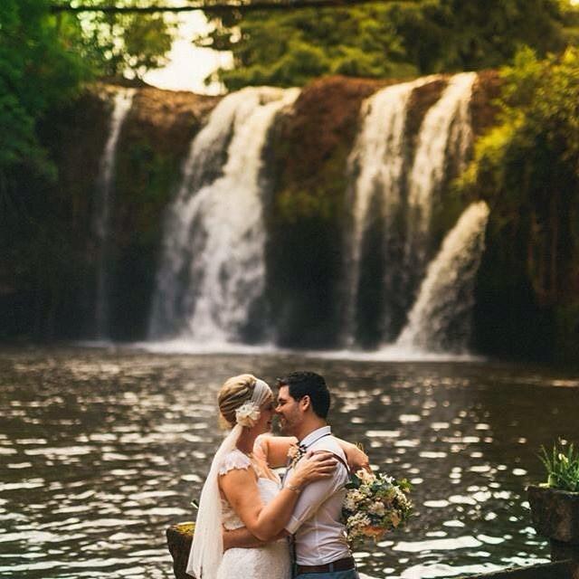 Bride & Groom waterfall Paronella Park