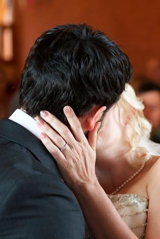 wedding ring photographer