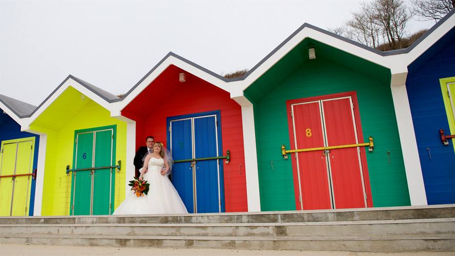 beach hut wedding barry island