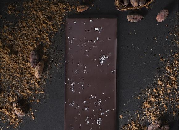 Tablette de chocolat noir à la fleur de sel