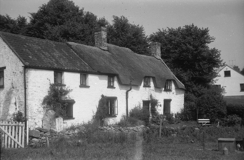 The Old Thatch 1971