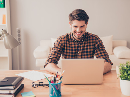 Freelancing While Working Full-Time: 4 Tips to Make it Easier