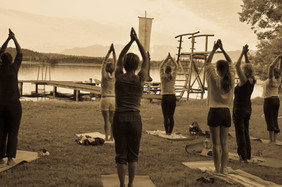 "Kirchsee-Yoga ""der frühe Vogel..."""