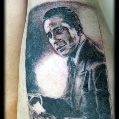 Ode to Humphrey Bogart. Black 'n grey.