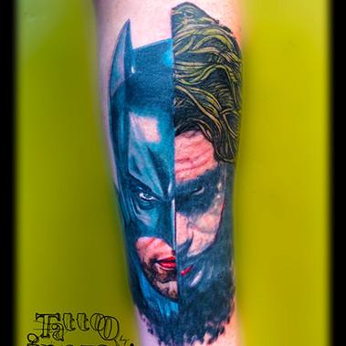 Batman versus Joker.