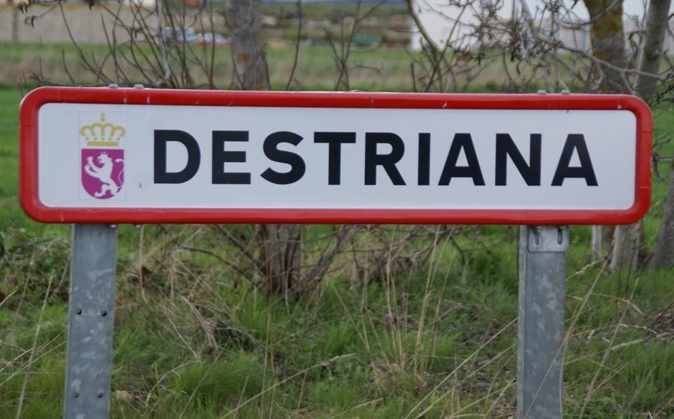 Destriana 19