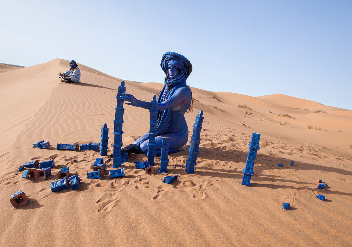 Inchallah - Sahara 2014 - Photographie de performance - C-print - 232cm x 120cm - Edition of 5 + 2EA
