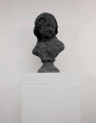 Black Face Joséphine - sculpture sable et plâtre - Performance Flogging Joséphine - Martinique 2012