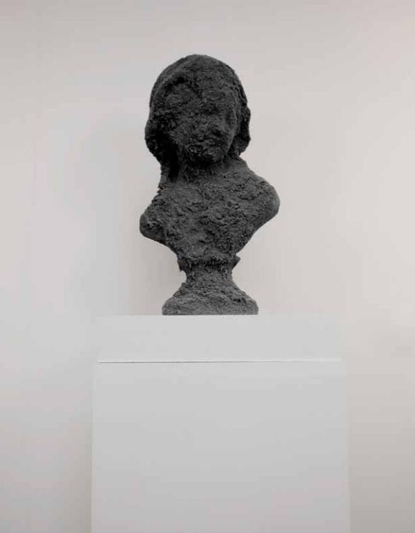 Black Face Joséphine 2012 - Sculpture sand and plaster - 45cm x 25cm x 15cm - Reproduction of 3 + 1EA