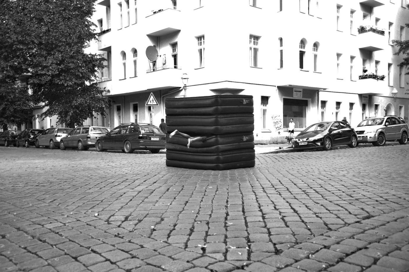 Action for Berlin - Germany 2010 - Photography of performance C-print - 3x (20cm x 14,5cm) - Edition of 5 + 1EA