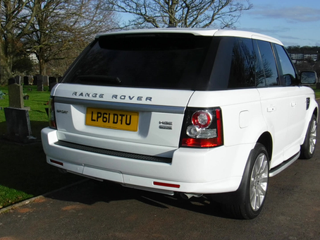 The Range Rover hearse's rear door remote opening facility