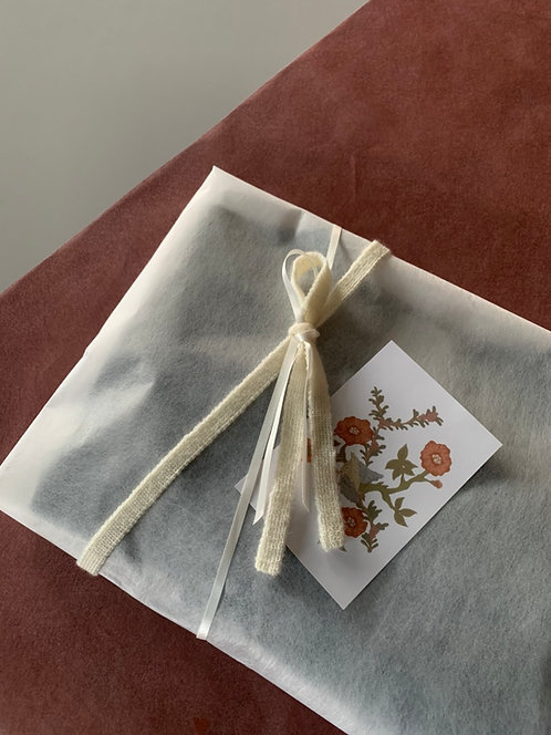 tunica gift wrapping