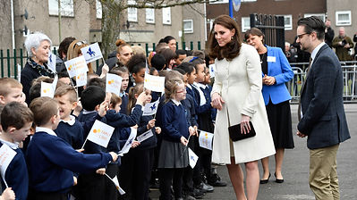 in-pictures-kate-goes-back-to-school--an