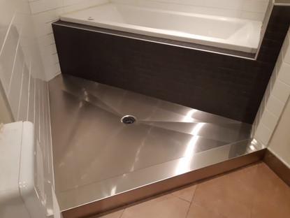 Base de douche en inox sur mesure