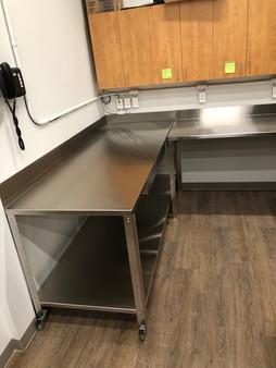 comptoir de cuisine en stainless steel