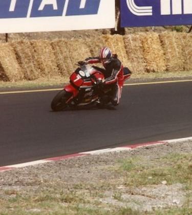 Yamaha FZ classe SBK