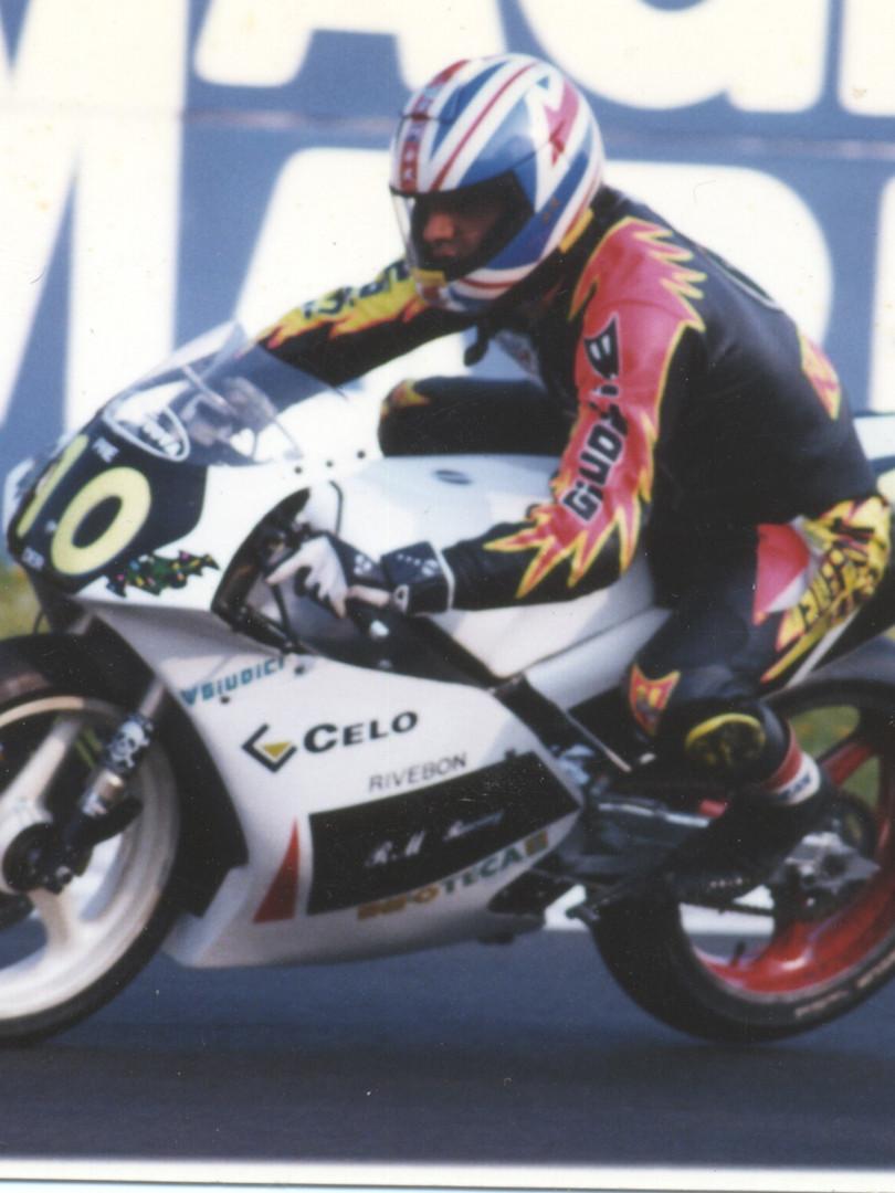 Supermono Yamaha Moretti - Y954v