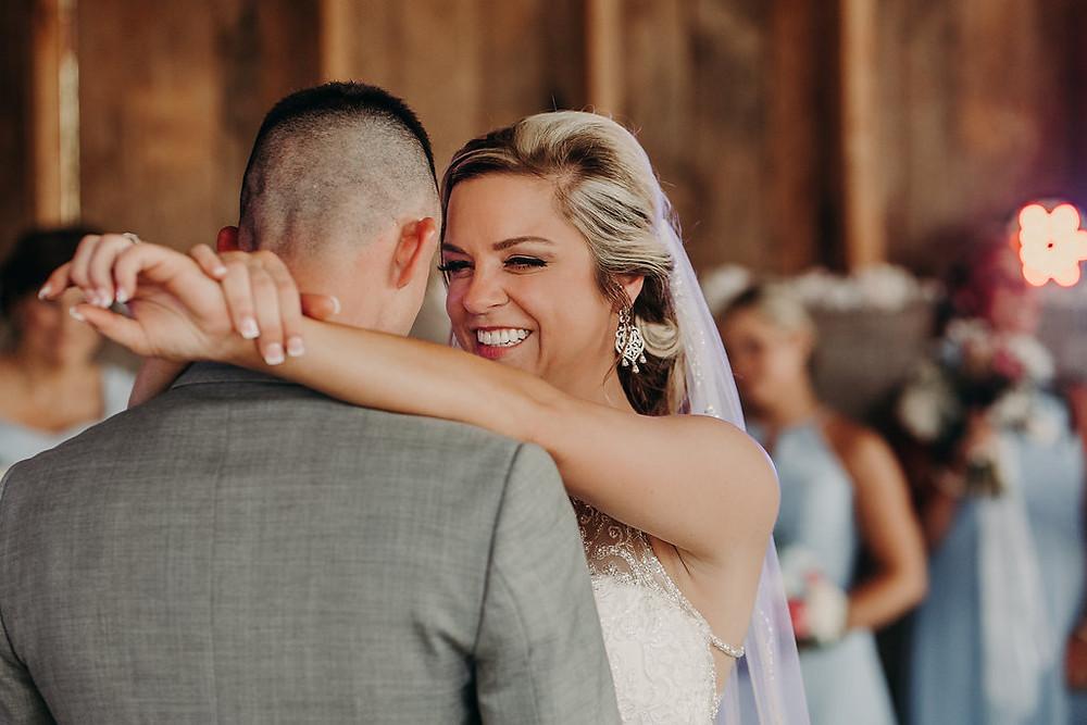 First Dance between Wedding Couple