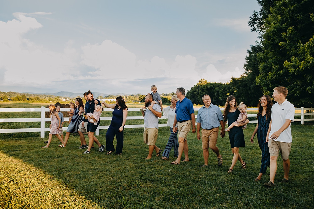 Extended Family session in Knoxville and Gatlinburg, TN during golden hour