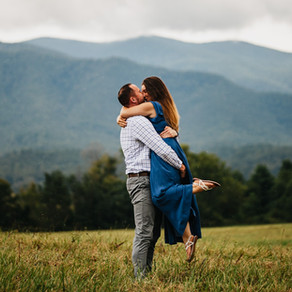 Amber & Stevens Rainy Smokies Session in Cades Cove