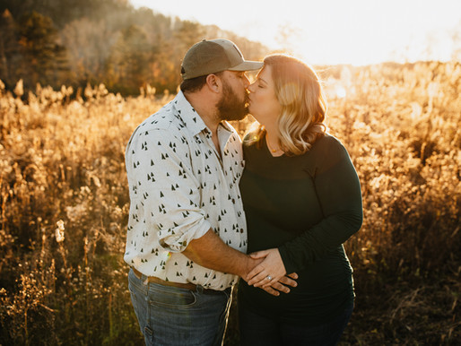 Oran's Fall Maternity Session in Knoxville