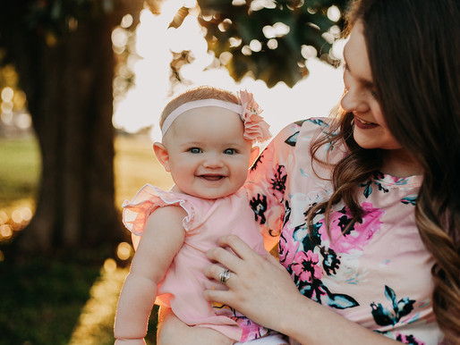 Kaitlyn + Bailey: Mini Mommy & Me Session in Knoxville
