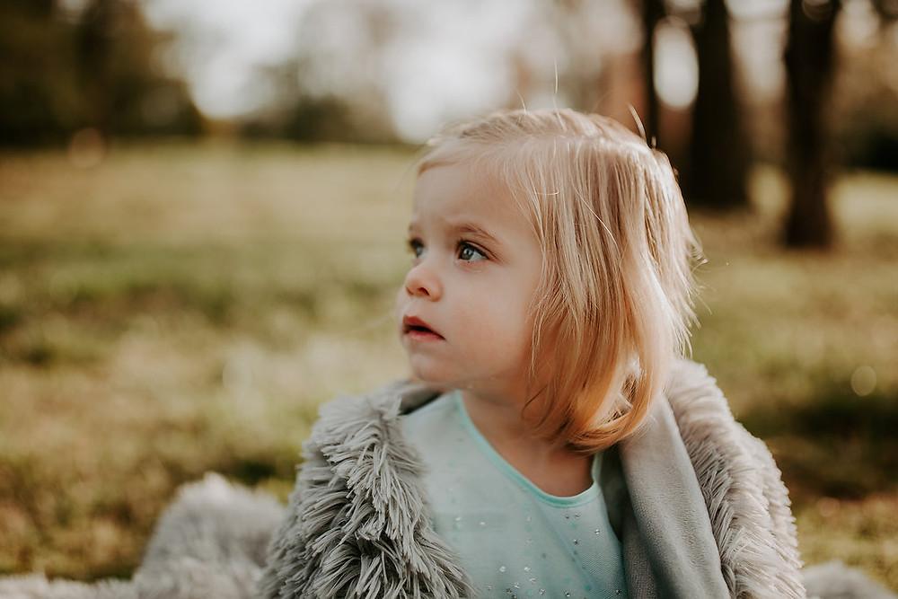 2 year old girl during Spring