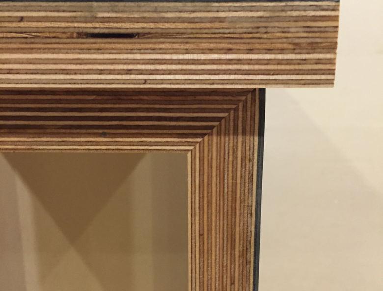 Square table Gray-4.JPG