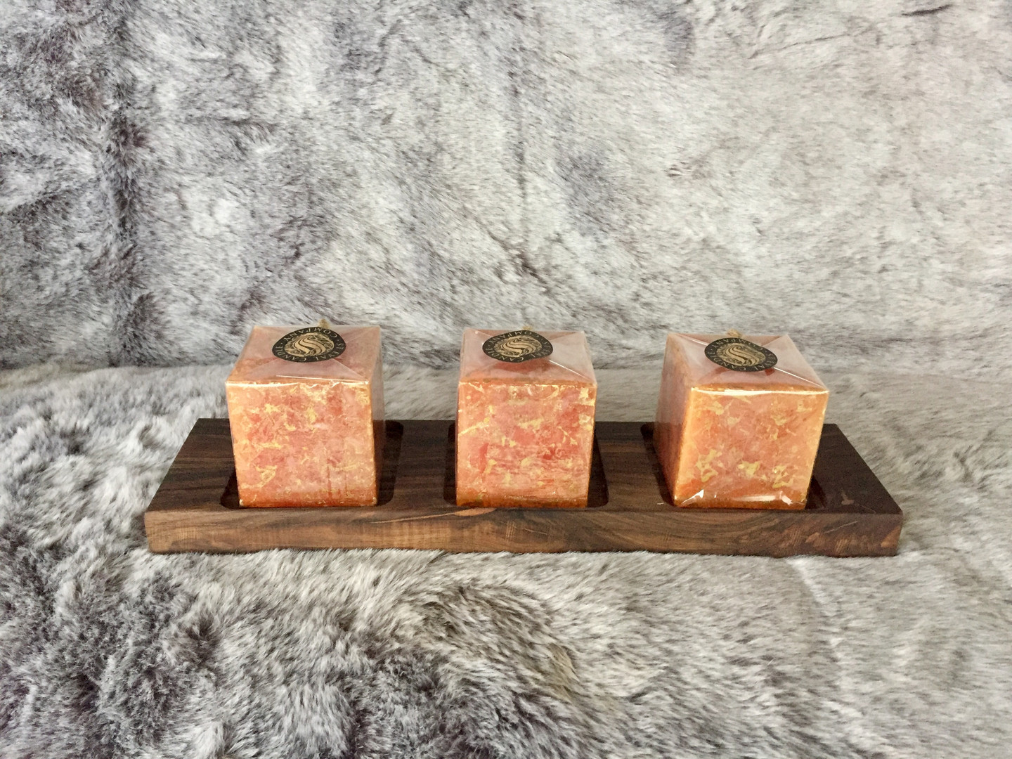 walnut 3 square candles holder