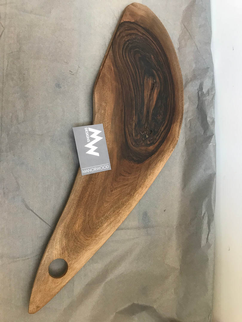 Oyster cut bread board