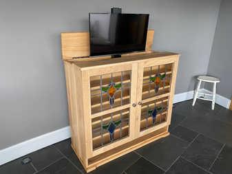 Oak   Glass Tv lift no.112.jpeg