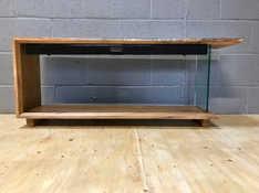 Oak Resin Tv Stand-1.jpg