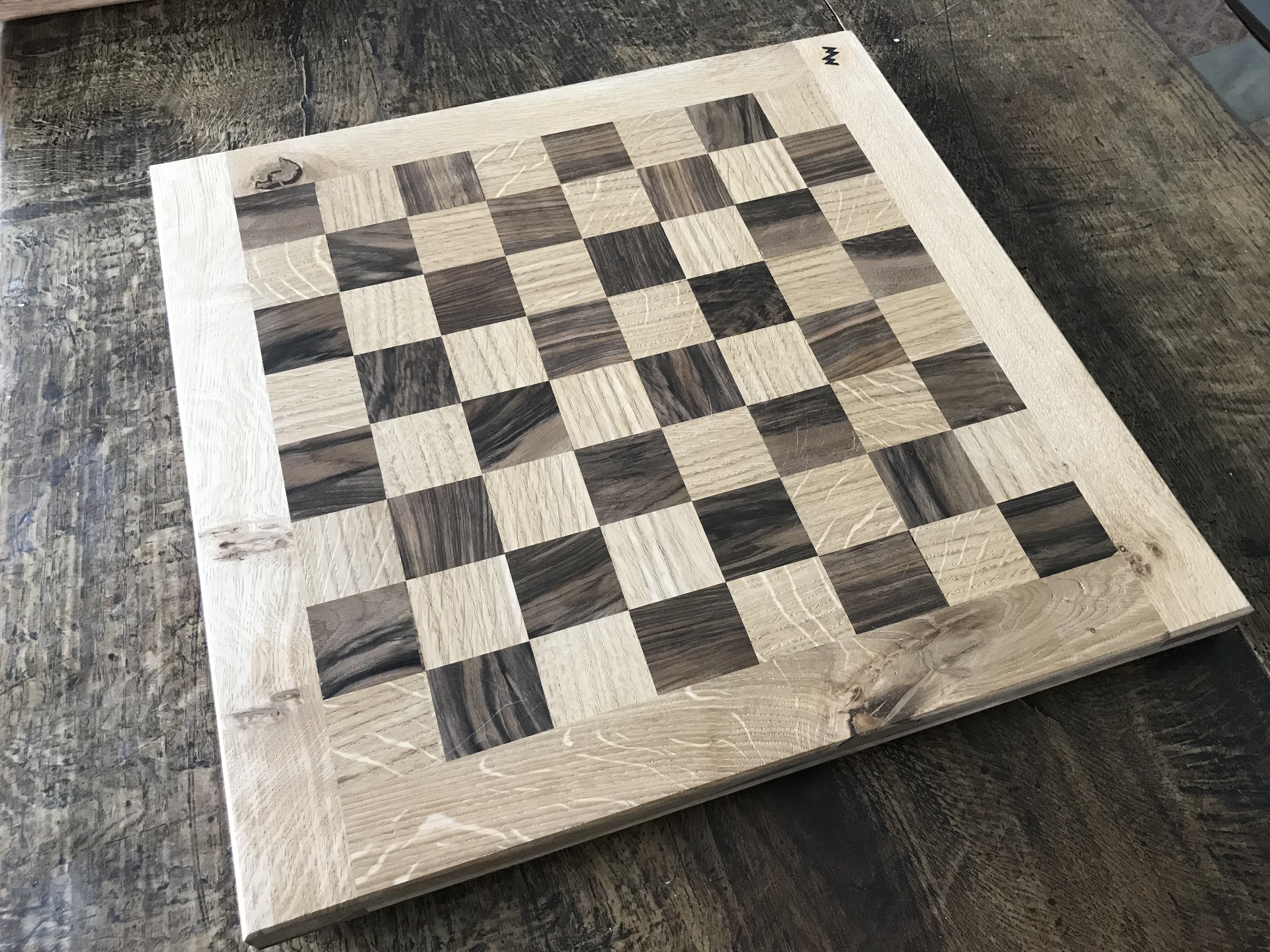 Oak Walnut chess board
