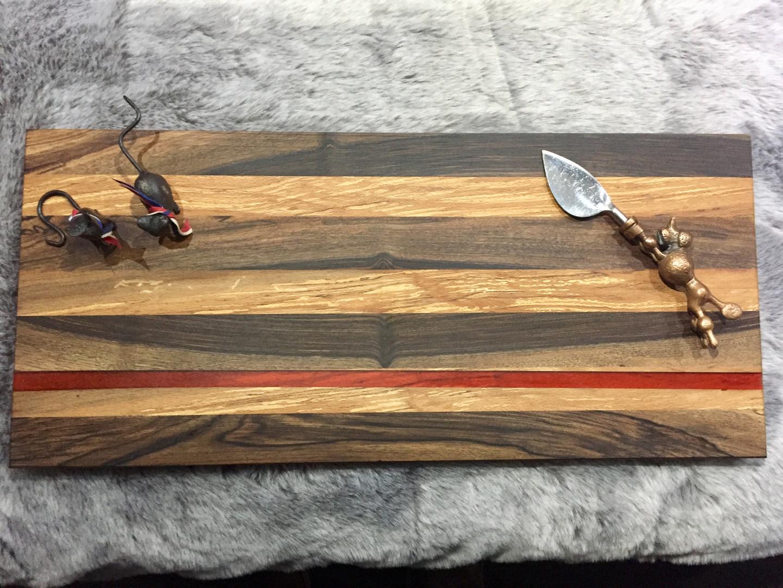 walnut & oak board red resin
