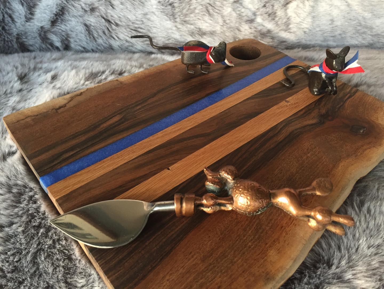 oak & walnut blue stripe resin