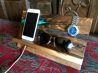 Green Resin watch gadget tidy