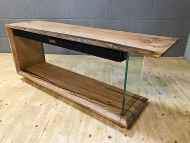 Oak Resin Tv Stand soundbar