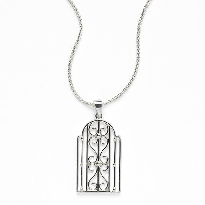 Southern Gates Sterling Silver Biltmore Transom Necklace