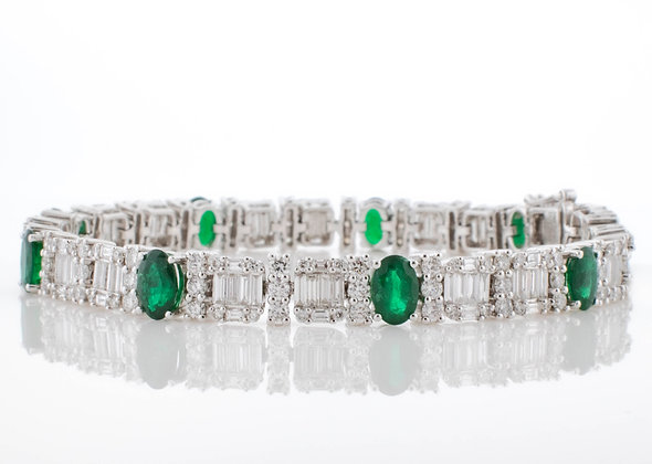 18k White Gold Emerald and Diamond Bracelet, 7 inches
