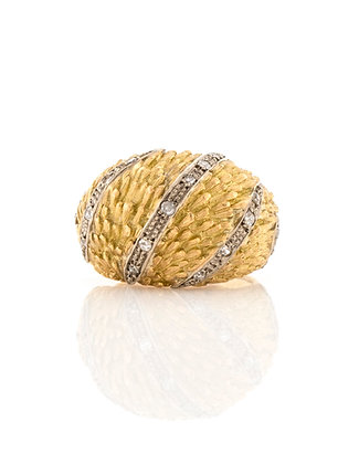 18k Yellow Gold Diamond Dome Ring with Wheat Design