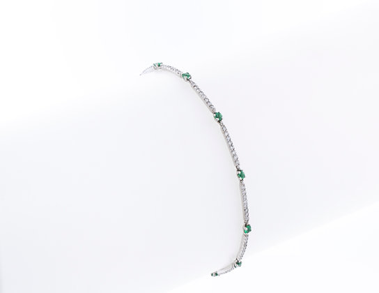 14k White Gold Diamond & Emerald Bracelet